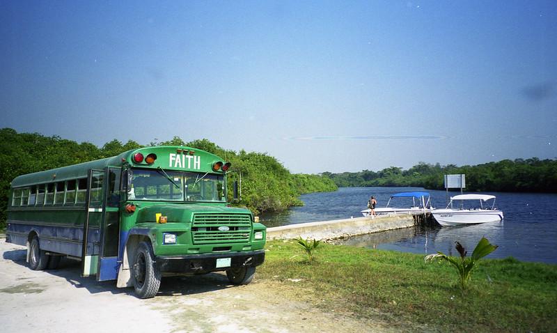 Belize 03-2003-032.jpg
