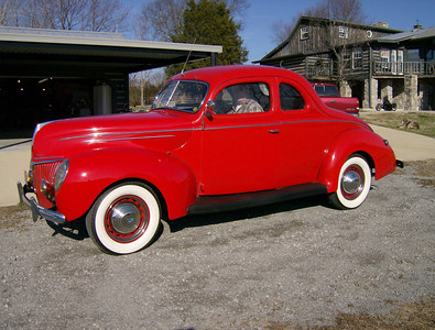 MEREDITH'S 1939 FORD COUPE