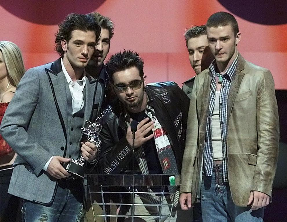 ". \'N Sync accepts the Best Dance Video award for the video ""Pop\"" during the 2001 MTV Video Music Awards Thursday, Sept. 6, 2001, at New York\'s Metropolitan Opera House. (AP Photo/Beth A. Keiser)"