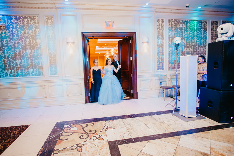 First Dance Images-94.jpg
