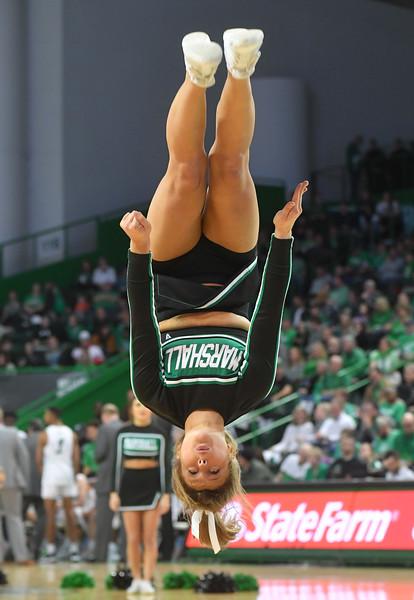 cheerleaders1652.jpg