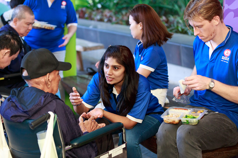 VividSnaps-Extra-Space-Volunteer-Session-with-the-Elderly-093.jpg