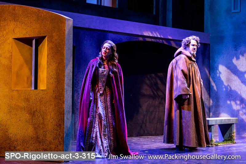 SPO-Rigoletto-act-3-315.jpg