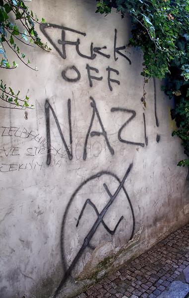 12-06Jun-Prague-Graffitti-16.jpg