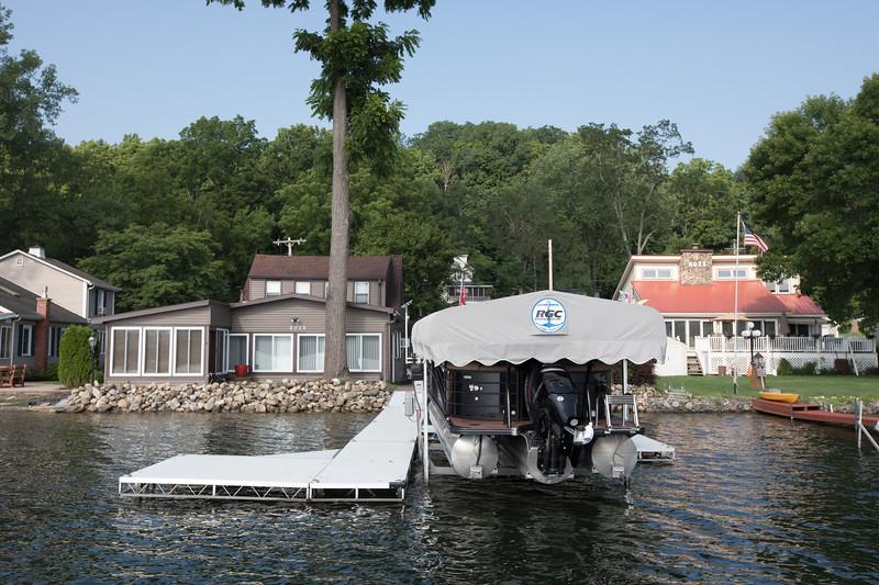 Boat1035.jpg