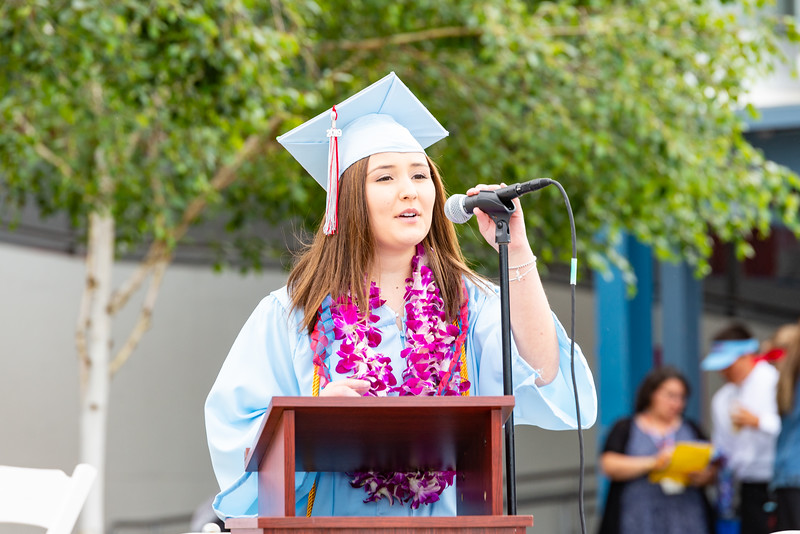 Hillsdale Graduation 2019-10251.jpg