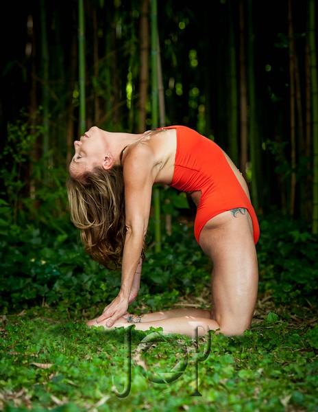 bella_yoga_woodys-0098-now towel.JPG