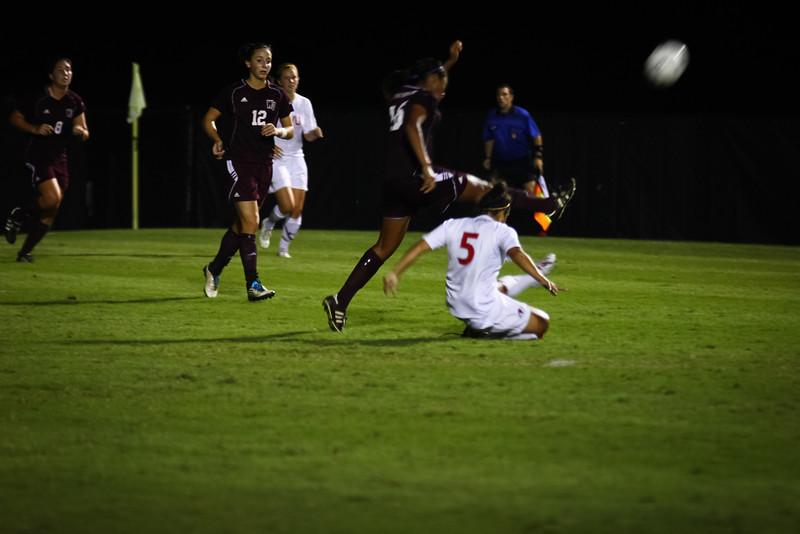 W. Soccer vs. Winthrop_09-27-2011_-72.jpg
