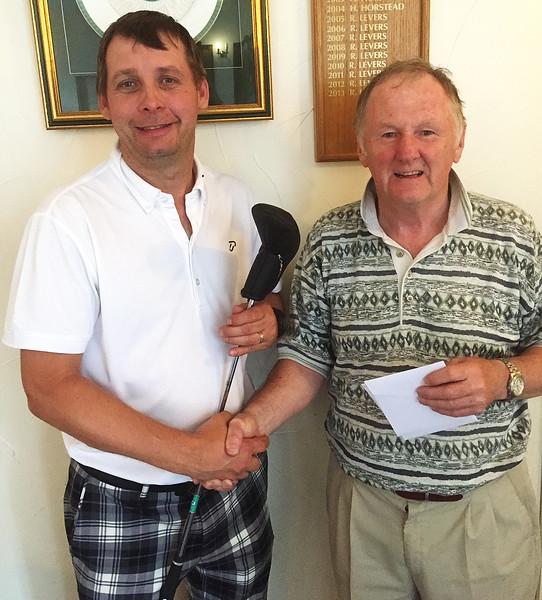GolfPres2.JPG