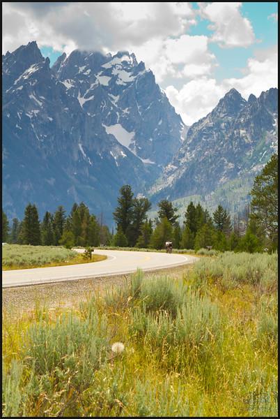 The Road thru Grand Teton National Park