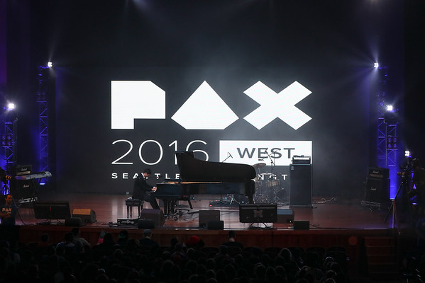 Video Game Pianist (PAX 2016)