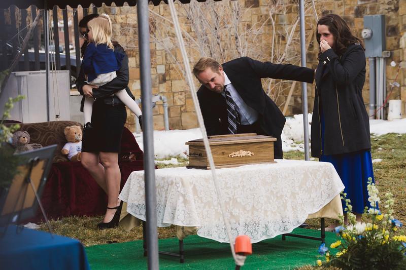 baby dew funeral-282.jpg