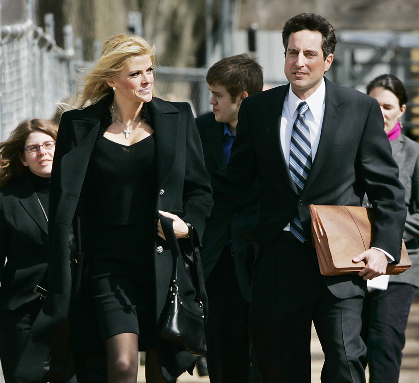 . ** FILE ** Anna Nicole Smith, left, and her lawyer Howard K. Stern, right, leave the U.S. Supreme Court, in this Feb. 28, 2006, file photo in Washington. Stern, the longtime companion of Anna Nicole Smith and executor of her will, has filed court papers seeking six percent of whatever her estate might recover from her late husband\'s fortune. (AP Photo/Manuel Balce Ceneta, file)