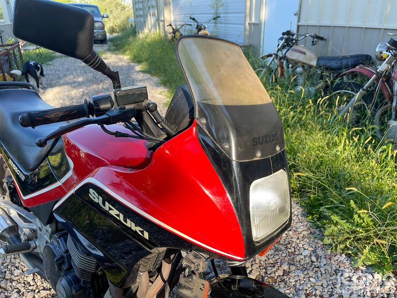 Suzuki GS550ES -  (9).jpg