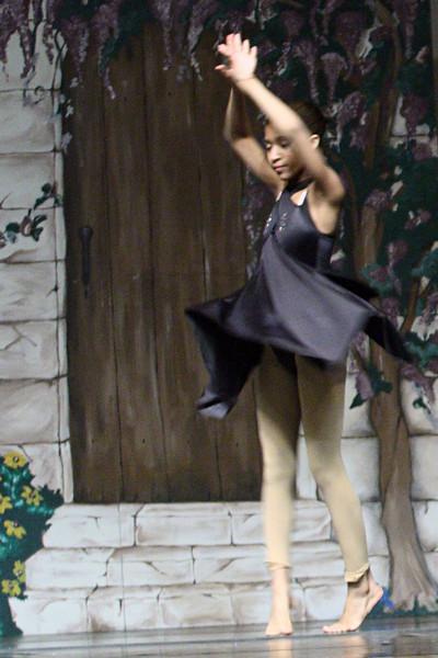 dance_050209_365.jpg
