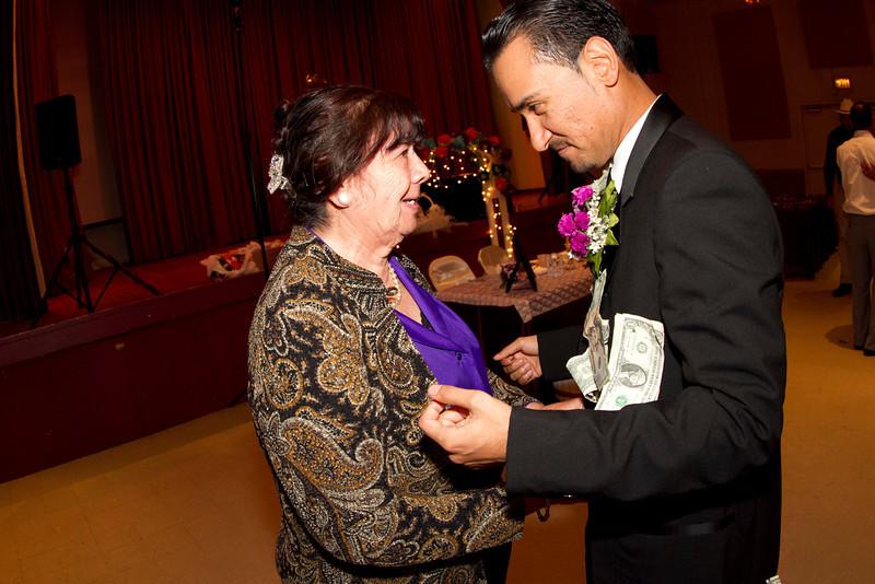 2011-11-11-Servante-Wedding-558.JPG