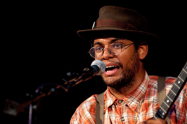 The Carolina Chocolate Drops - Live at Millers Plaza