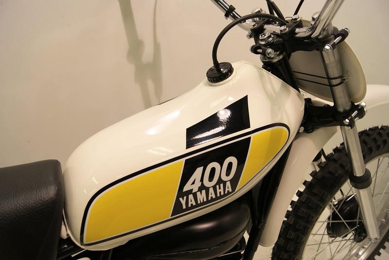 1975mx400-1 003.jpg