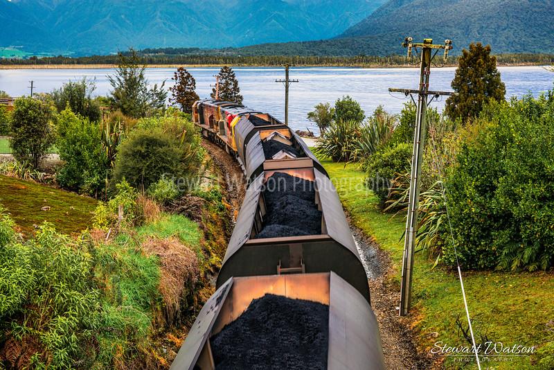 lake Brunner coal train