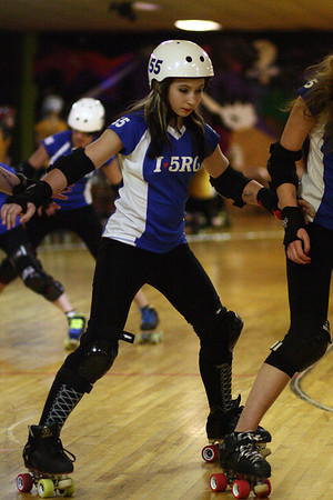 I5 Rollergirls vs. Kitsap Derby Brats