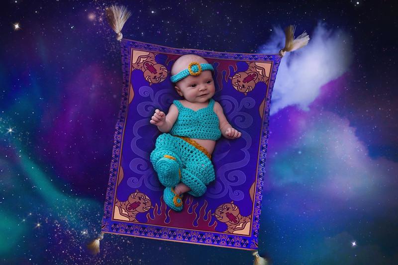 Disney Newborn Photo (2).jpg