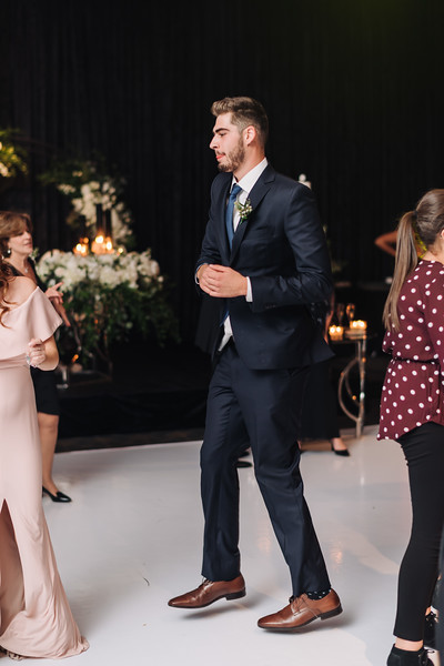 2018-10-20 Megan & Joshua Wedding-1147.jpg