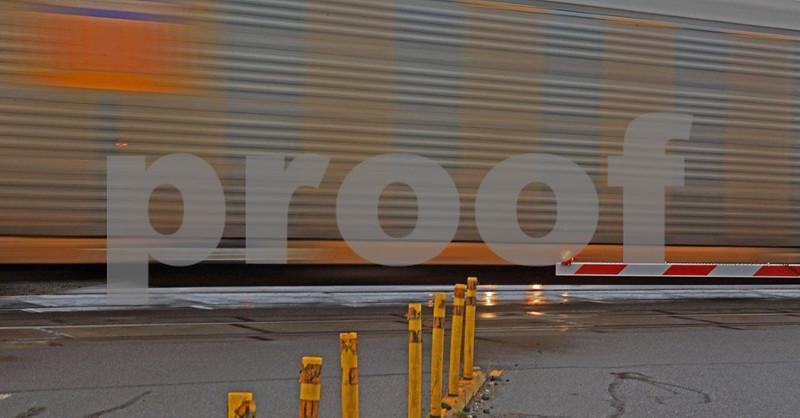 Train 6085crop.jpg