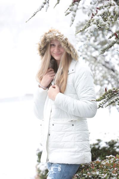Elliot girls in snow 2020 unedited