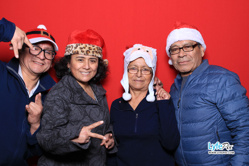 eastern-2018-holiday-party-sterling-virginia-photo-booth-0024.jpg