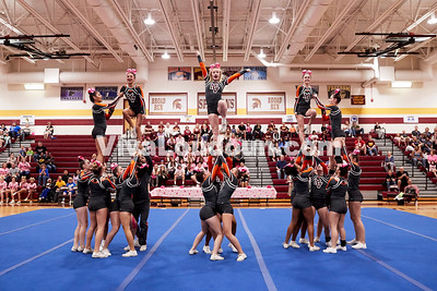 Cheer: Mountain View Varsity @ BRHS 10.14.2017 (by Fred Ingham)