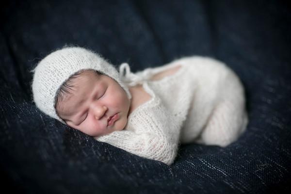 Logan T Newborn