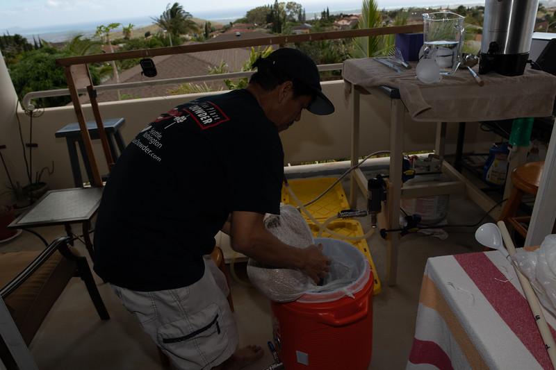 Hawaii - Brewing Beer-25.jpg