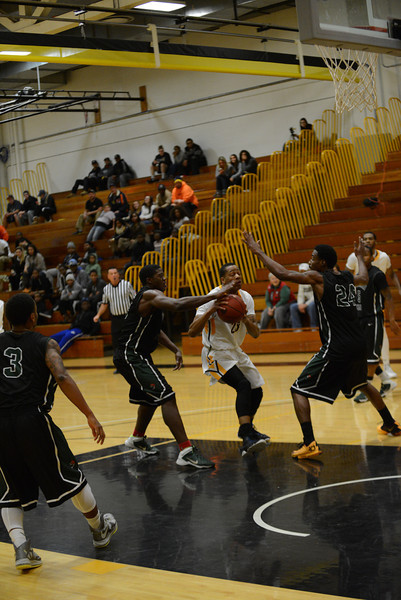 20131208_MCC Basketball_0740.JPG