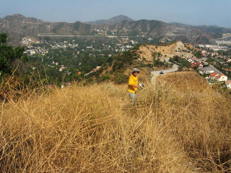 20080625002-Glendale Las Flores Trailwork.JPG