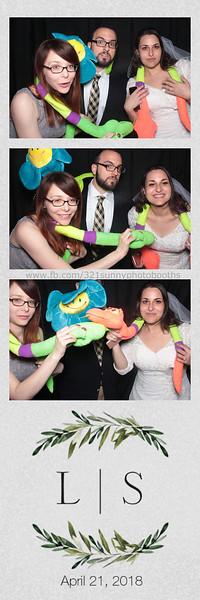 ELP0421 Lauren & Stephen wedding photobooth 98.jpg