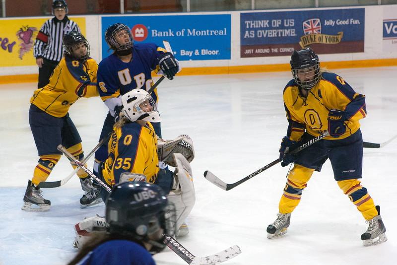 20130310 QWHockeyvsUBC 653.jpg