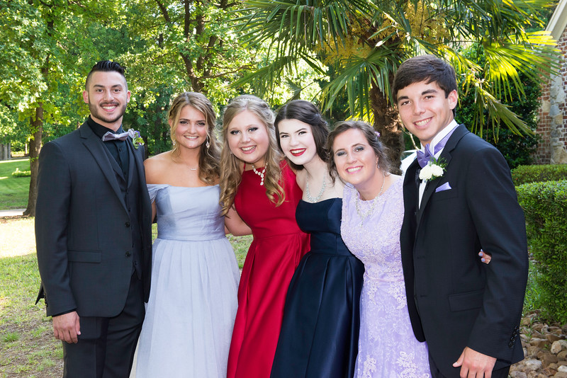 2019-04-27 Legacy Prom Pictures 042.jpg