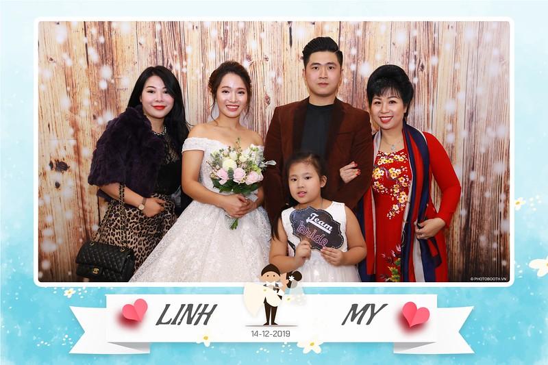 Linh-My-wedding-instant-print-photo-booth-in-Ha-Noi-Chup-anh-in-hnh-lay-ngay-Tiec-cuoi-tai-Ha-noi-WefieBox-photobooth-hanoi-21.jpg