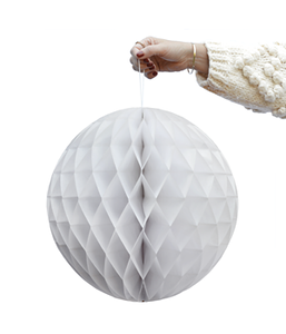 DD.21.13.6 white honeycomb ball AW19.png
