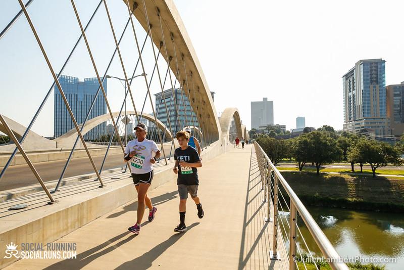 Fort Worth-Social Running_917-0489.jpg