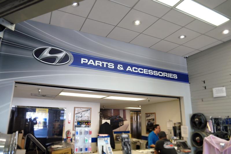 Hyundai-Parts-Department-Header-Wall-Mural.jpg