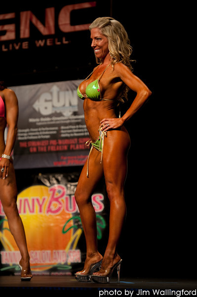 2011 Empire Classic Bikini & Men's physique