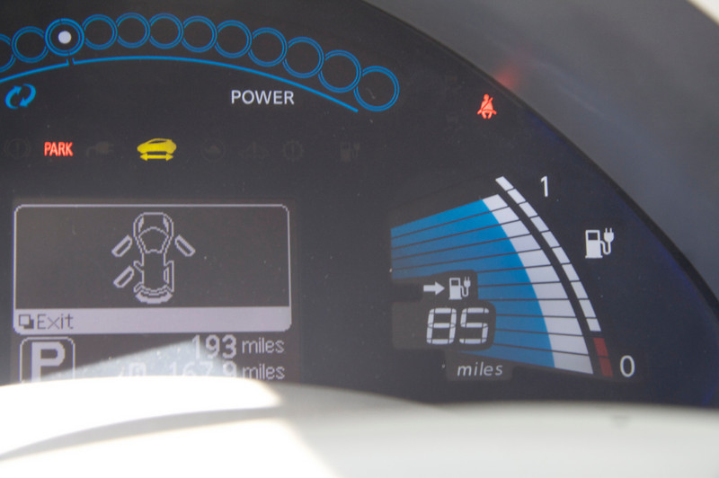 Miles-to-go on right changes somewhat as you flip between Drive and Eco modes, and as you turn on/off AC, etc.