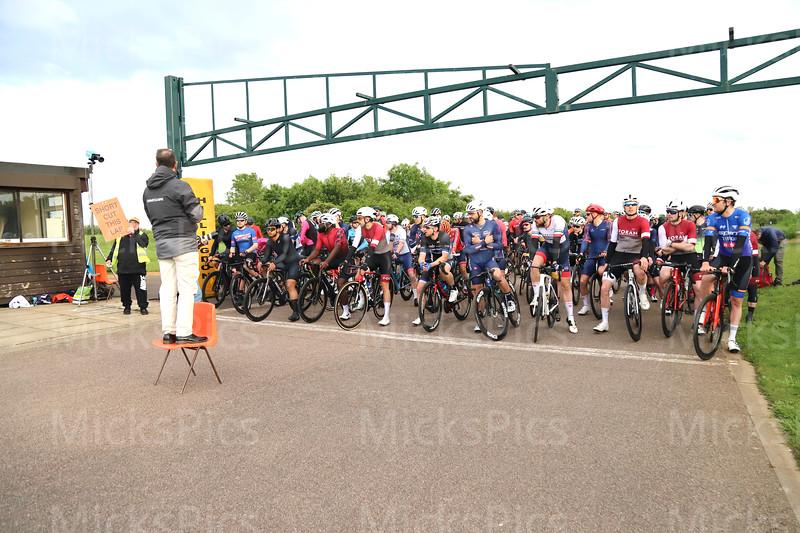 Miche West Thames series  #10     E,1,2s & Cat 3 race