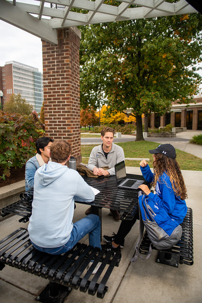 10_25_19_campus_fall (40 of 527).jpg