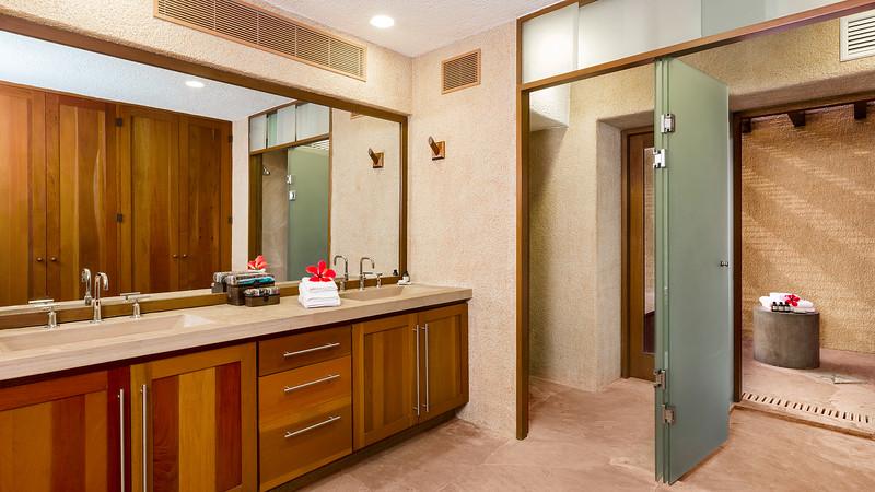 Bathroom; Las Residencias at Esperanza, Los Cabos, Mexico
