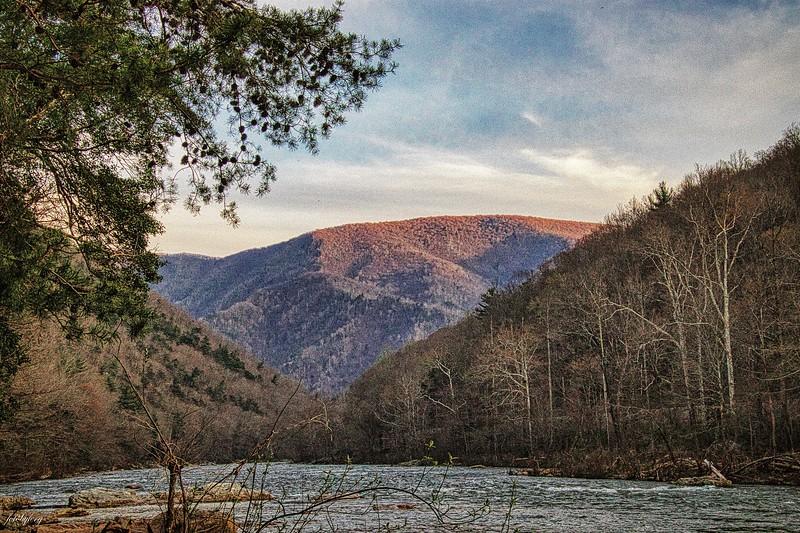 gorge east.jpg