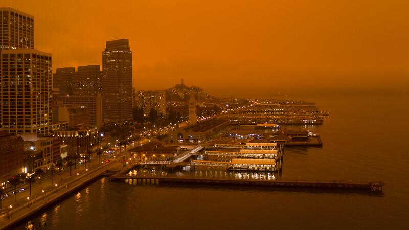 red sky fires 1460159-9-20.jpg