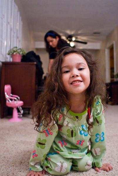20110120_PhoebePlaying_041.jpg
