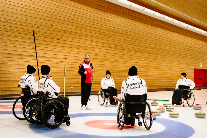 ParalympicsCurlingteamLuzernJan18-23.jpg